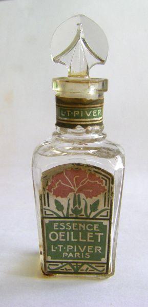 L T Piver - Oeillet