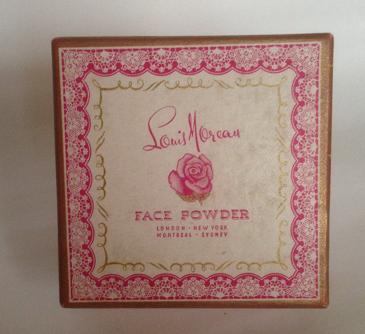 Louis Moreau - Face Powder